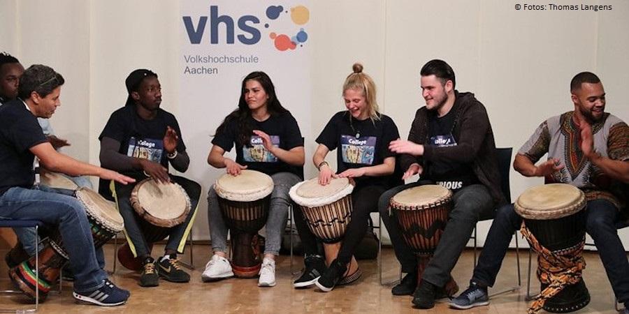 100 Jahre Wissen teilen: Lange Nacht der Volkshochschulen in Aachen gefeiert